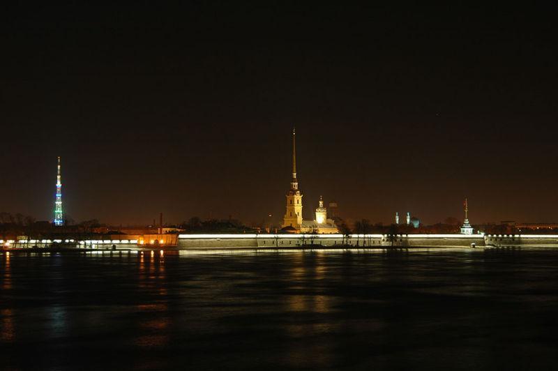 Петропавловская крепость и телебашня